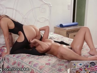 Julie knight bdsm
