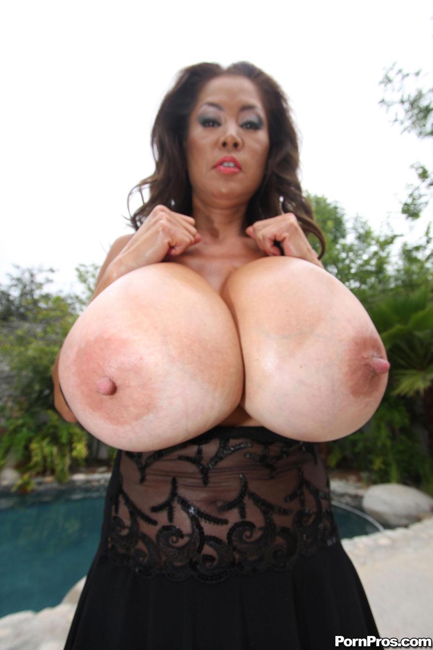 pain in left breast area