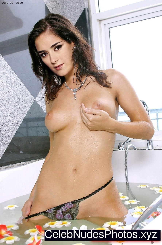 naked cop women