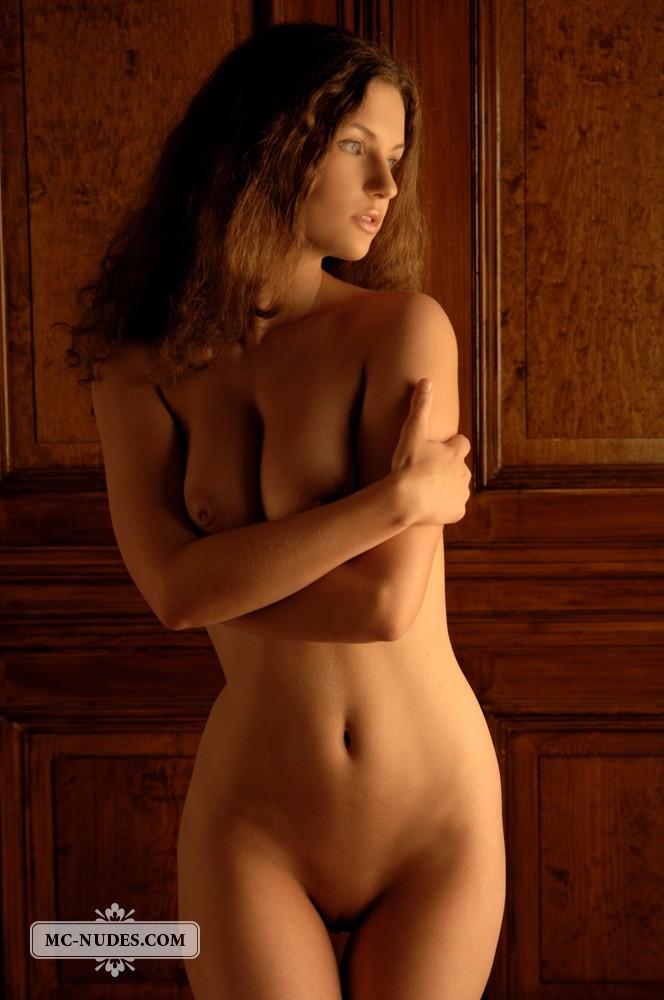 free nude milf thumbs
